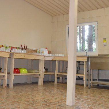 nameliu-nuoma-sventojoje-virtuvele-(2)